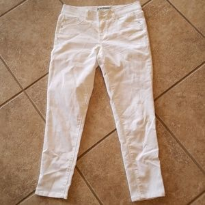 Wit & wisdom size 6 absolution white jeans